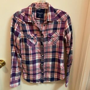 American Eagle pink flannel button up